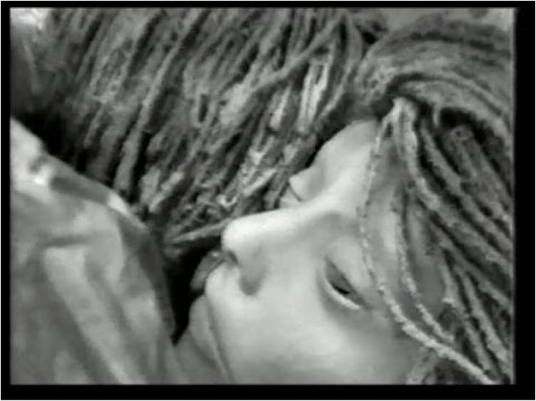 Image : Détail de la Chambre nuptiale, Entrevue avec Francine Larivée, 1976. Photo : Rose-Marie Arbour avec l'autorisation de Vi